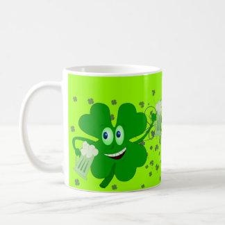 Taza divertida del día del St Patricks
