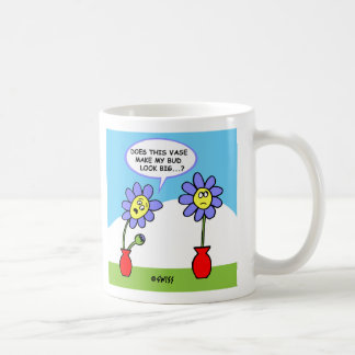 Taza divertida del dibujo animado de la flor y del