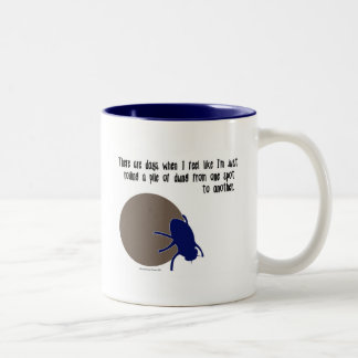 Taza divertida del insecto - escarabajos de estiér