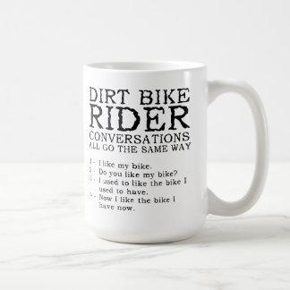 Taza divertida del motocrós de las conversaciones