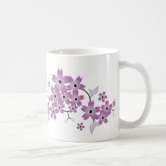 Taza elegante de la flor de cerezo de Purle