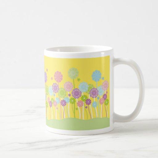 Taza en colores pastel retra bonita del diseño del