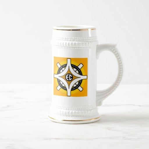 Taza épsilon del fondo del oro de la ji