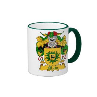 Taza española del escudo de la familia del apellid
