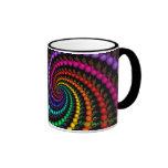 Taza espiral del arco iris del fractal