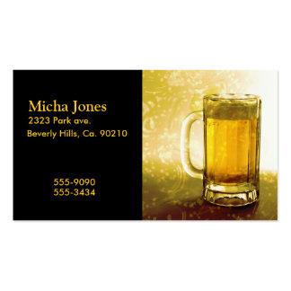 Taza espumosa de cerveza tarjetas de visita