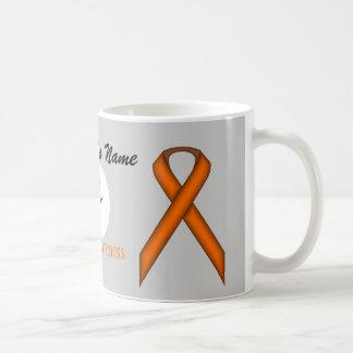 Taza estándar anaranjada del blanco de la