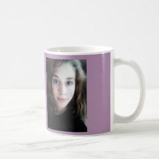 taza etérea del chica