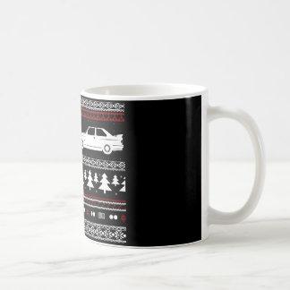 Taza europea del coche de deportes del navidad feo