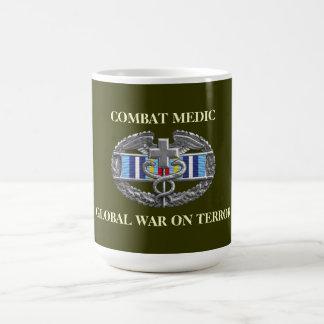 Taza expedicionaria de la cinta CMB de la guerra