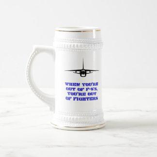 Taza F-8 con el indicativo