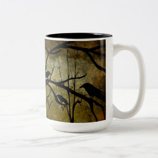 Taza fantasmagórica de Halloween del árbol