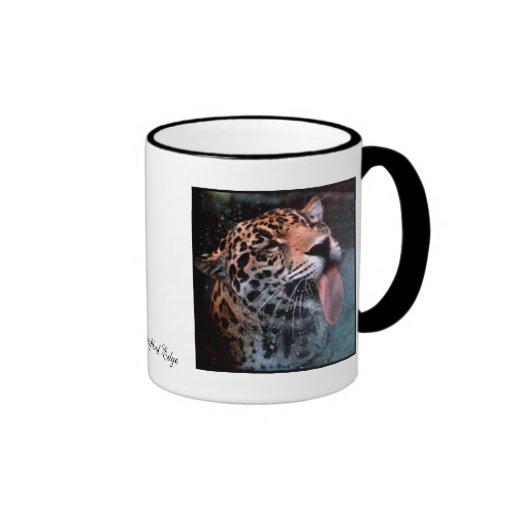 Taza felina del gato de leopardo del amor