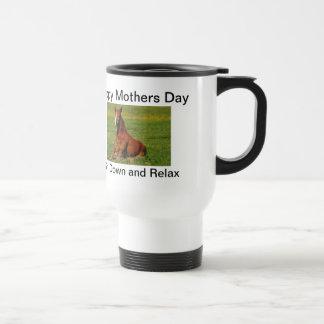 Taza feliz del caballo del día de madres