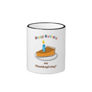 Taza feliz del cumpleaños de la acción de gracias