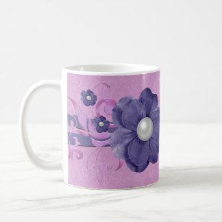 Taza floral del damasco de la lavanda de la perla