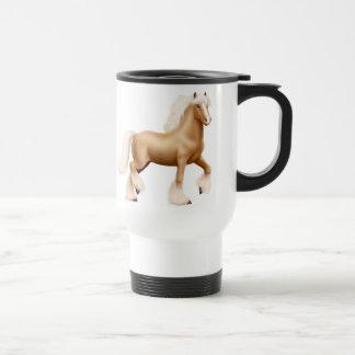 Taza gitana del viaje del caballo de proyecto