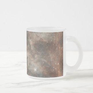 Taza grande de la nube de Magellanic de la nebulos