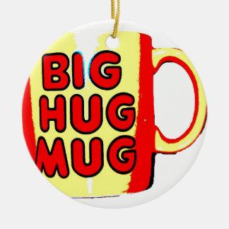 Taza grande del abrazo adorno navideño redondo de cerámica
