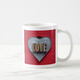 taza grande del amor del corazón de la lata