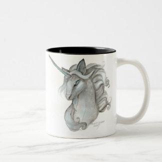 Taza gris del unicornio
