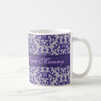 Taza gris púrpura del damasco de la momia de la