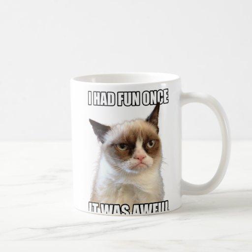 Taza gruñona del gato