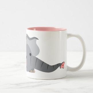 Taza hambrienta del elefante del dibujo animado li