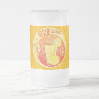 taza helada Juiced de la fruta 3D