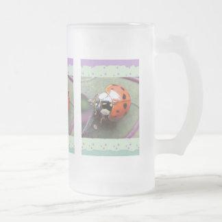 Taza helada mariquita