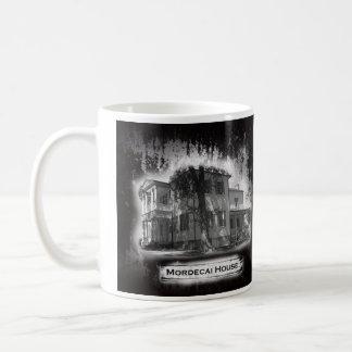 Taza histórica de la casa de Mordecai
