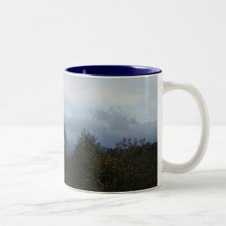 taza impresionante de la montaña