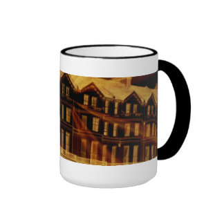Taza inglesa fantasmagórica de las habitaciones