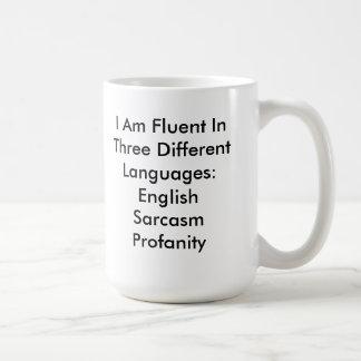 Taza inglesa fluida divertida del sarcasmo de la