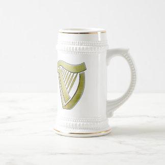 Taza irlandesa de la arpa