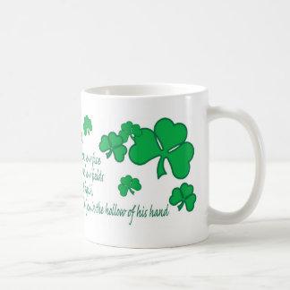 Taza irlandesa del rezo