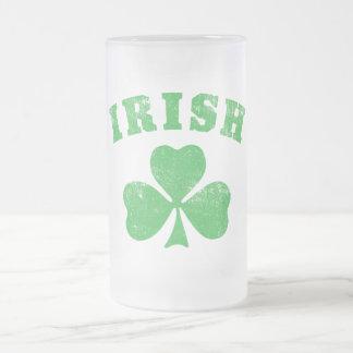Taza irlandesa del trébol