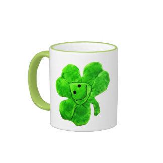 Taza irlandesa divertida del trébol del día de San