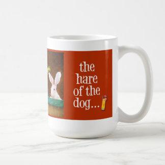 Taza liebre de las ampollas del perro