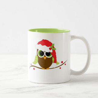 Taza linda del búho del navidad