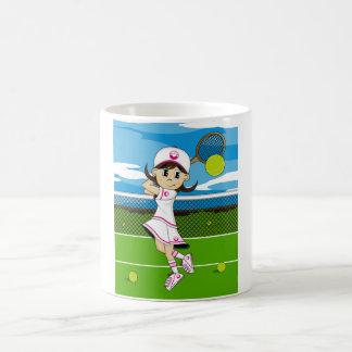 Taza linda del chica del tenis