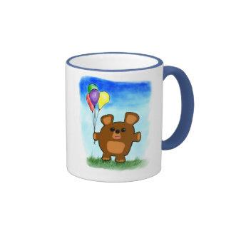 Taza linda del oso del cumpleaños del dibujo anima