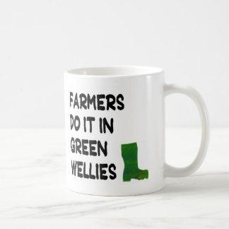 Taza - los granjeros la hacen en Wellies verde