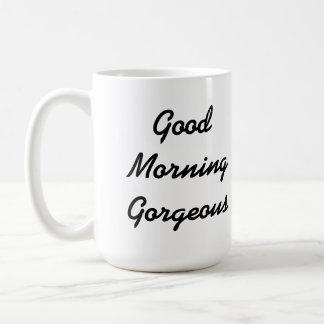 Taza magnífica de la buena mañana