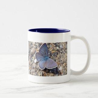 Taza mariposa azul