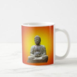 Taza Meditating de Buda