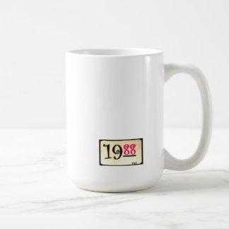 Taza mil novecientos ochenta y ocho de café del