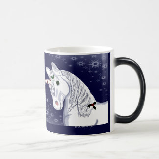 Taza Morphing del unicornio del navidad