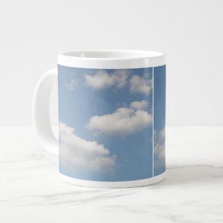 Taza mullida de las nubes de cúmulo taza grande