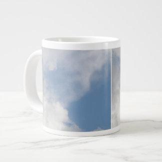 Taza mullida de las nubes taza grande